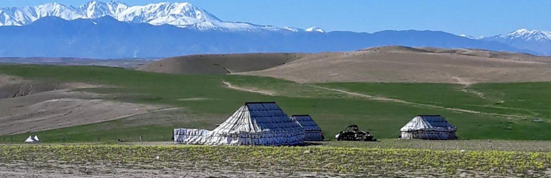 Bandeau-excursions-desert-neige-tente